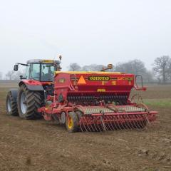 Drills used for establishing spring wheat: power harrow combination drill, minimum tillage Vaderstad drill, & Ecodyn direct drill